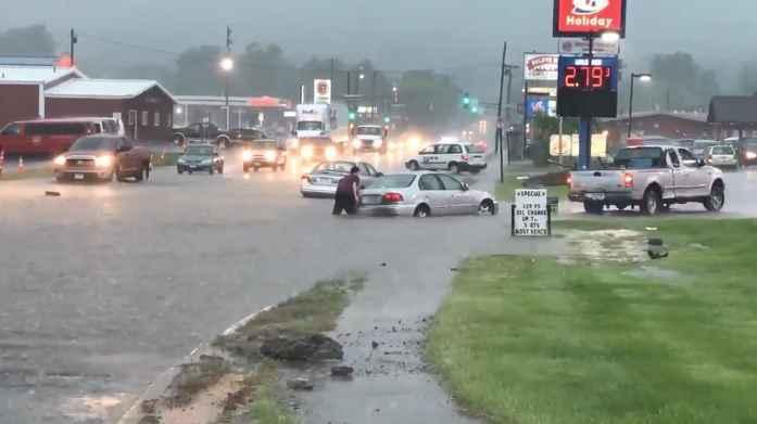 flash-flooding-27th-avenue-west.jpg