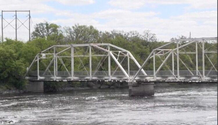Old-Sartell-Bridge1.jpg