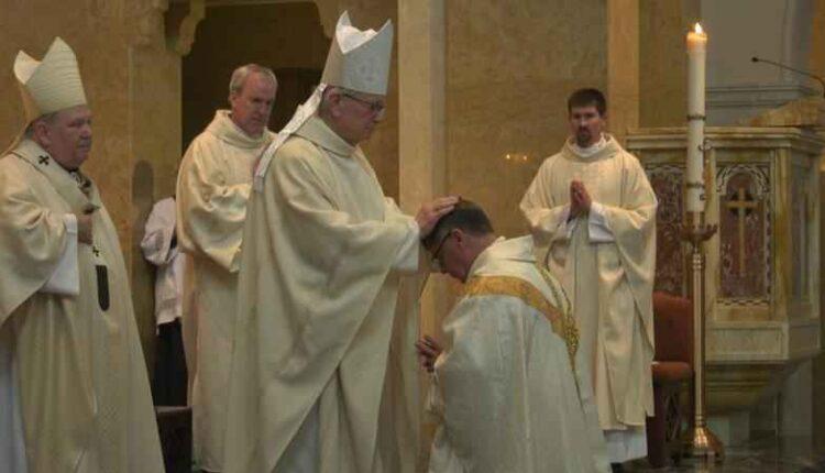 bishop-felton-laying-on-hands.jpg