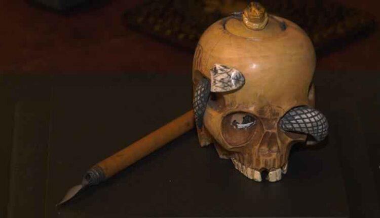 glensheen-obscura-skull-inkwell.jpg