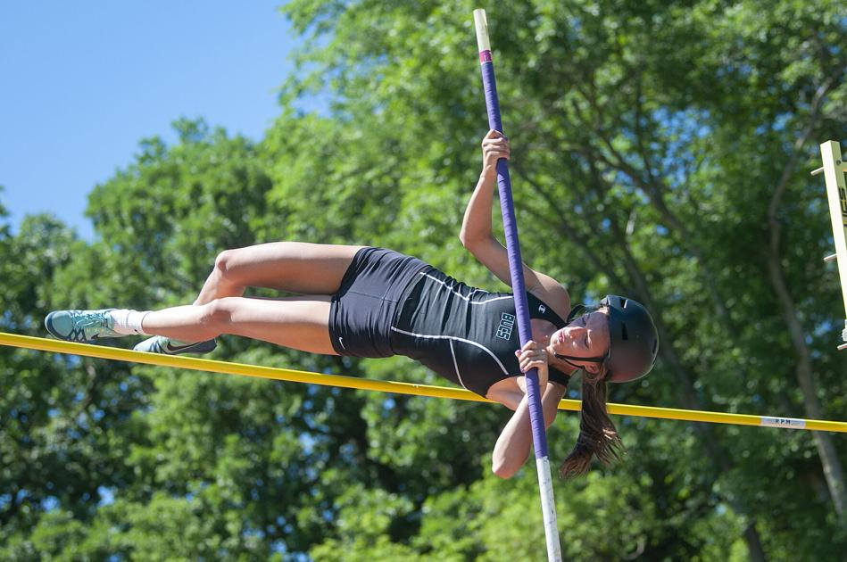 Richards, Fischer, other local athletes advance to state meet | Local Sports