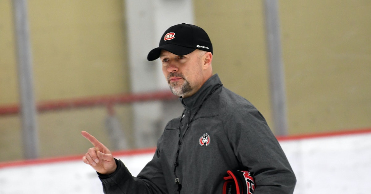 St. Cloud State men's hockey coach Larson gets 7-year contract extension