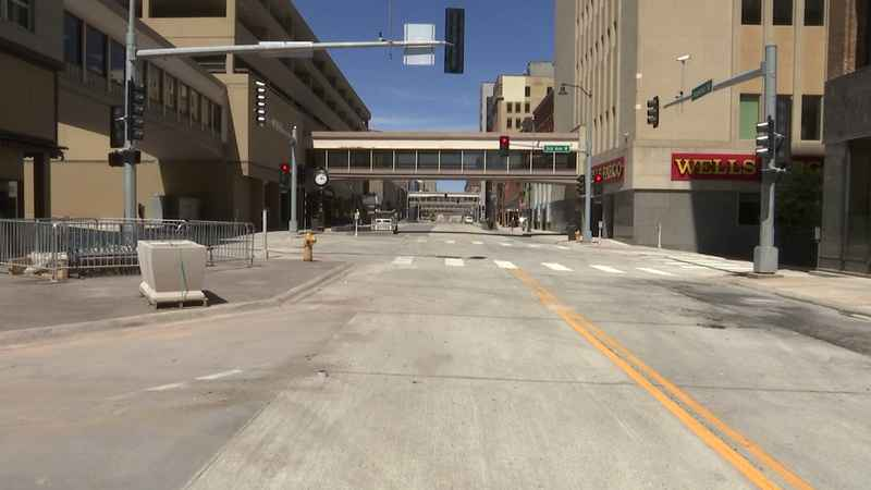 More of Superior St. opens up to traffic ahead of final reconstruction stretch; businesses react