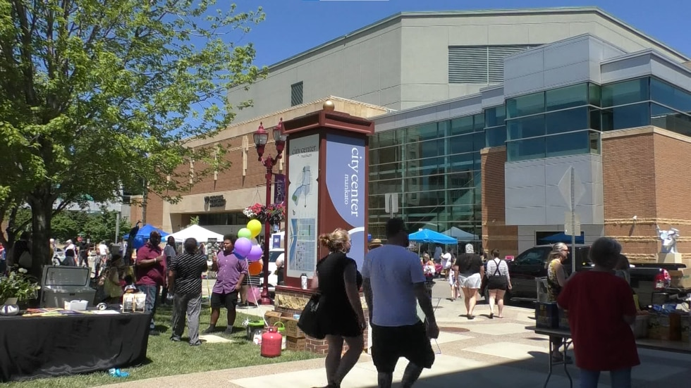 Hundreds gather in Mankato to commemorate Juneteenth