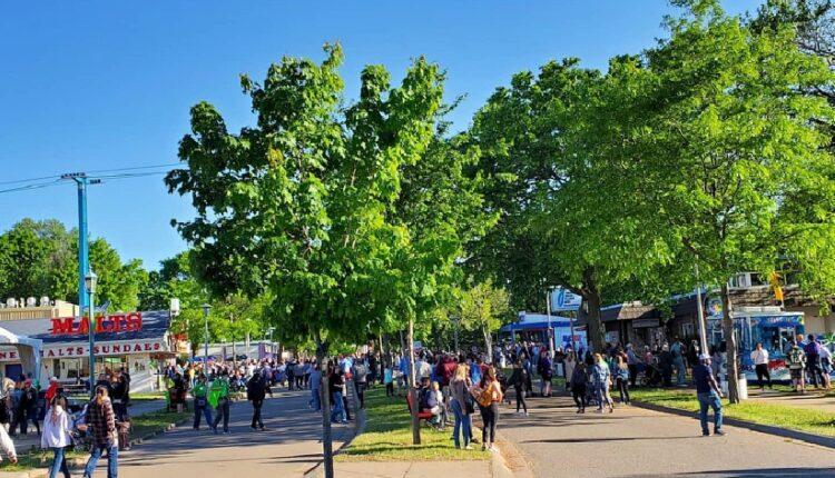 State-Fair-crowd-1.jpg