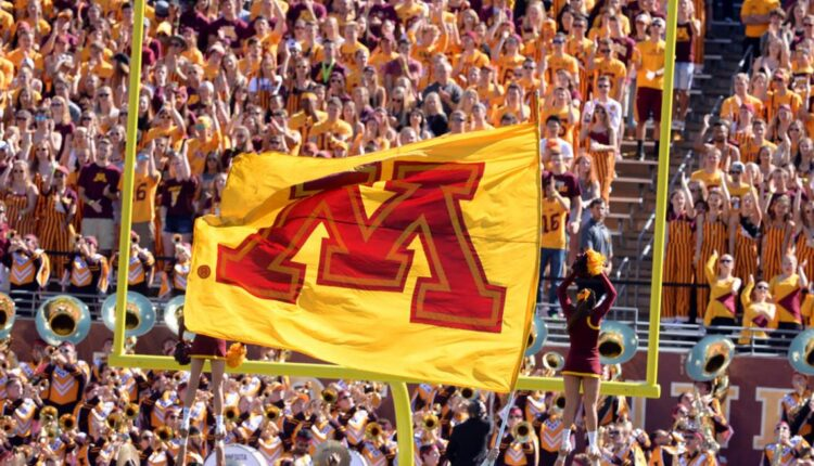 Minnesota-Gophers-flag-FSA.jpeg